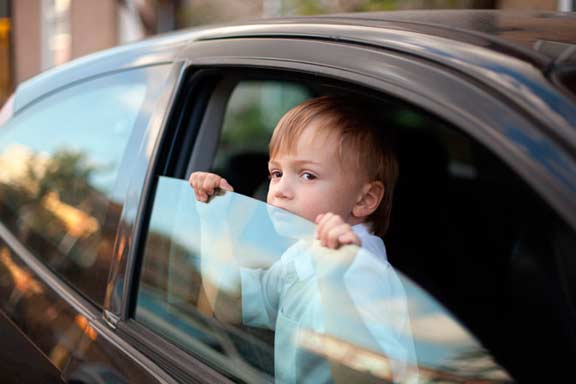 Оставление ребенка в машине 2017